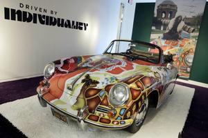 Janis Joplins bil har sålts för 15 miljoner kronor.