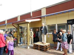 FOTO: PER-ERIK EDEBORGUlf Odenmyr, ordförande för EDA, inledde med att hälsa alla välkomna till de nya ljusa lokalerna.