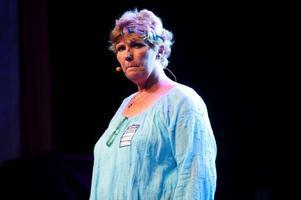 Annika Östberg berättade i Gustafs kyrka om hur hon fann hopp och till slut en framtid.