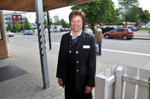 HOPPFULL. Tågvärden Anneli Nordpalm hoppas på bra kommunikation mellan de driftansvariga och tågpersonalen då DSB Uppland tar över driften.