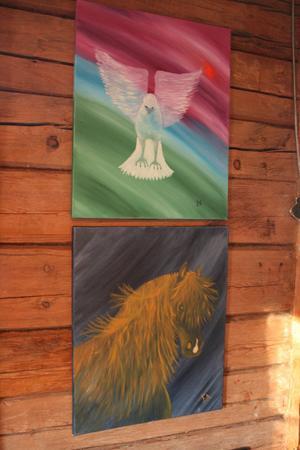 Målningar av konstnären Eivor Arnbrix som målar olja och akvarell och bor på Lillberget i Ljungaverk.