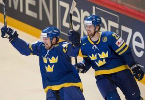 Henrik och Daniel Sedin är Tre Kronors nyckelspelare. Problemet är att Henrik är skadad och att Daniel inte producerat under 2014.