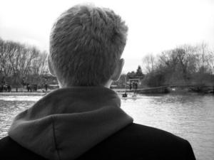 Tim Irvines språkresa till Oxford blev en   mardröm – han hamnade i en rasistisk värdfamilj. Personen på bilden föreställer inte Tim Irvine.