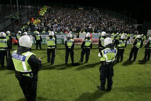 Övervakar. Polisen ska få sin finansiering via skattsedeln, skriver Sandra Åhs.