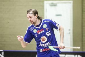 Jakob Jonsson firar ännu ett av alla mål han gjort.