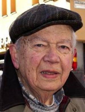 Tore  Westerberg, 79 år, Östersund:– Ja, det får man väl. Man blir lättare och gladare till sinnes. Men tyvärr kan det fortfarande komma mycket snö.