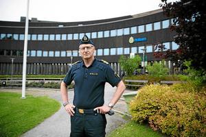 Lars Lindahl, polisområdeschef för Dalarna, menar att antalet alkoholutandningsprov som polisen gör minskat rejält sedan de släppte den så kallade