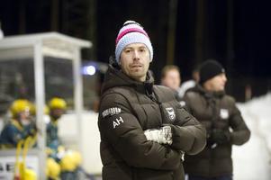 Borlänge Tuna Bandys tränare, Anders Hedlund, ser ut att ha något intressant i görningen inför stundande säsong i Allsvenskan Norra.