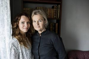 Sofia Ledarps rollfigur Kinna Boman och Sissela Kyles rollfigur Dagmar Friman står i centrum av SVT-succén