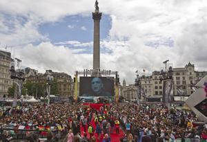 Tusentals fans samlades på Trafalgar Square för att fira premiären av den sista Harry Potter-filmen i veckan. Sagan är över men filmerna har lämnat spår i den brittiska filmindustrin.Foto: Joel Ryan/Scanpix