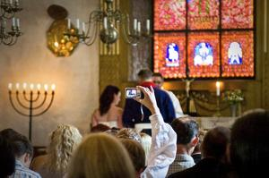 Det är poppis att gifta sig i Dalarna. Men det är skillnad på par och par. Foto: Maria Hansson/arkiv