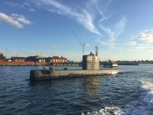 UC3 Nautilus i Köpenhamns hamn vid avfärden under torsdagen.