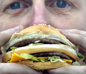 Vi är stressade människor som äter stressade grisar, skriver Göran Greider. Foto: Tomas Oneborg/Svd/Scanpix