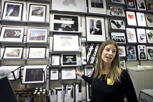 Trendigt på väggarna. Anna Clarin är butikschef på Gallerix i Västerås.