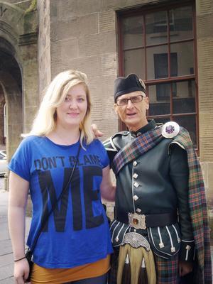 Tillsammans med resekompisen Victoria fann UNG-reportern den typiska skotten.