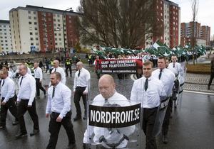 Nazistiska Nordiska motståndsrörelsen är ett hot att ta på allvar.