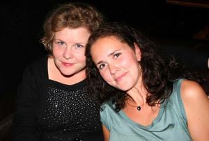 Blue Moon Bar. Anna och Sofia