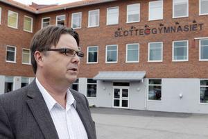 Som anställd på Skolinspektionen talade Sture Löf om vad andra skulle göra. Som gymnasiechef i Ljusdal får han själv leda förändrings- och förbättringsarbetet.