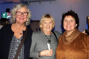 Eva Eleklint, Lena Johnsson och Karin Engnér ska tillsammans se Eva Dahlgren