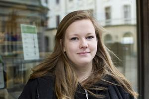 Caroline Norberg, Härnösand:– Nej. Jag är inte så sugen och jag har min hund här hemma.