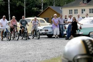 Träff. Varje söndag samlas ett gäng entusiaster har har motornostalgiska träffar vid Bryggeriet.