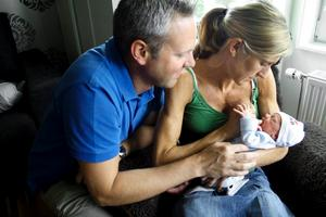 Mark, Petra och en nyfödd Baljeu.