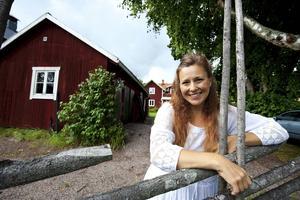 Operasångerskan Anna Eklund Tarantino är dessutom initiativtagare till Dala-Flodas operafest, ett arbete som ger henne Landstinget Dalarnas kulturpris 2016.
