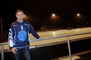 Magnus Berglund på Norrtälje IP under torsdagskvällen.