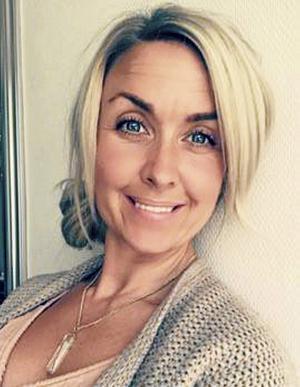 Jennie Reinholdsson från Borlänge är yogalärare och designar även egna yogakläder.