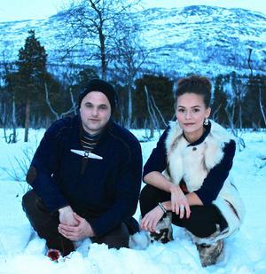 Elin Oskal och Bïerjen-Maahke