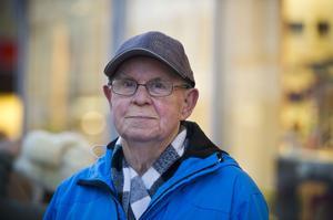 Göran Svensson, Örnsköldsvik:– Spelar på Dagens Dubbel eller köper en trisslott, vinner man så blir man glad.