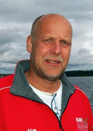 Göran Myrberg, sekreterare i Orsa Jakt och Viltvårdskrets, har på uppdrag av styrelsen skickat ett skarpt brev till landshövding Maria Norrfalk där tjänstemännens agerande vid årets licenstilldelning ifrågasätts.