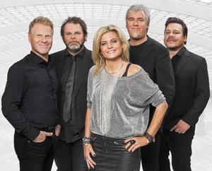 I Titanix ingår Stefan Rolf, Maria Rolf, Jerry Rolf, Henry Kieksi och Magnus Löfving.