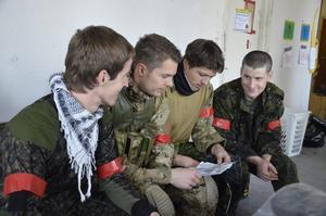 Från Norge. Christoffer Cappelen, Jeppe Johannessen, Espen Moen och Christian Evans från Oslo studerade kartan inför scenariospelet.