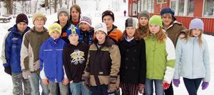Hoppas på resa. Sjätteklassarna på Montessoriskolan i Älvdalen tror att de ska kunna åka till Spanien, trots flygbolagets konkurs.