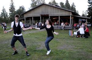 2013-03-08   Dansklubbarna Trolldansarna och Altira startar hösten med en kick-off dans på Norra Berget i Sundsvall,