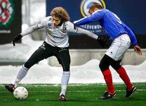Roni Porokara gjorde inget mål i dagens träningsmatch mot Häcken, däremot blev det två stolpträffar.
