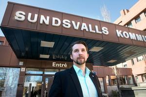 Hans Forsberg vill se ökade möjligheter för busspendling från Stöde och Matfors och in till Sundsvall.