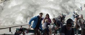 Ruben Östlunds uttalade målsättning är att göra filmhistoriens mest spektakulära lavinscen. Just nu klipper han sin nya film