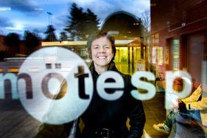 FÖR ANDERSBERGS BÄSTA. Ylva Larsson, Hyresgästföreningen, vill att Andersberg ska vara en plats där invånarna känner sig trygga och trivs och där det händer spännande saker. Hennes jobb är att fånga upp alla goda idéer och skapa möjligheter att förverkliga dem.