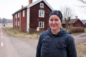 För ett och ett halvt år sedan flyttade Kajsa Markne till 1700-tals gården i Kvarnbro som hon nu arrenderar.