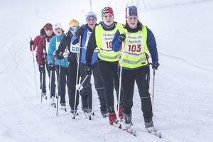 Julia Davidsson, Team Lampspecialisten, ledde en klunga på 30-kilometerssträckan.