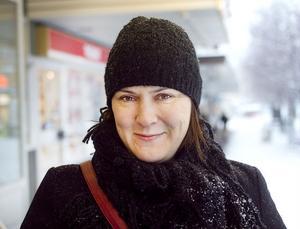 Eva von Hofsten, 36, Ljusdal:– Rent personligt gör det ingenting. Men kanske lite identitet försvinner för vissa.