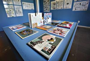 HIPP KONSTHALL. Har det blivit hippt att gå på museum? frågar sig artikelförfattaren. En utställning som lockar ny publik till konsten i Gävle är serietecknaren Chris Ware på Konstcentrum.