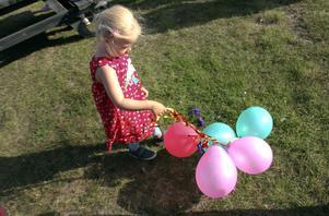 Märta Brusell Skogberg fångade ballonger som var på rymmen.