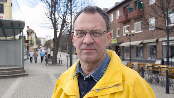 Jan Johansson (M), Fagersta:–Vi har inte haft några problem, vi har 17 personer på listan. Hela bredden av åldrar och yrkeskategorier finns med och vi känner oss nöjda med det.