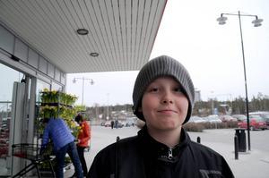 Isak Eriksson, Bye.   – Skinkan är viktigast, precis som på julen. Jag firar påsken hemma i Bye.