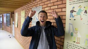 Martin Björnwall segrade med sin bild på frun då hon i somras tog ett dopp i Ullån. Priset för bilden blir en resa för två till Grekland. ÖP säger  - Grattis!