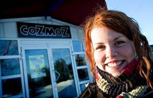 Ungdomsråd. Sofia Rosén är ny ordförande för Borlänge ungdomsråd och tycker att Borläönge är en bra ungdomsstad. – Cozmoz är grymt som ungdomslokal, men saker och ting kan alltid bli ännu bättre, säger hon.