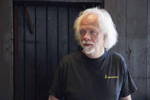 Nils Olof Hedenskog har ägnat ett halvår åt konstverket i Iggesunds gamla järnverk.